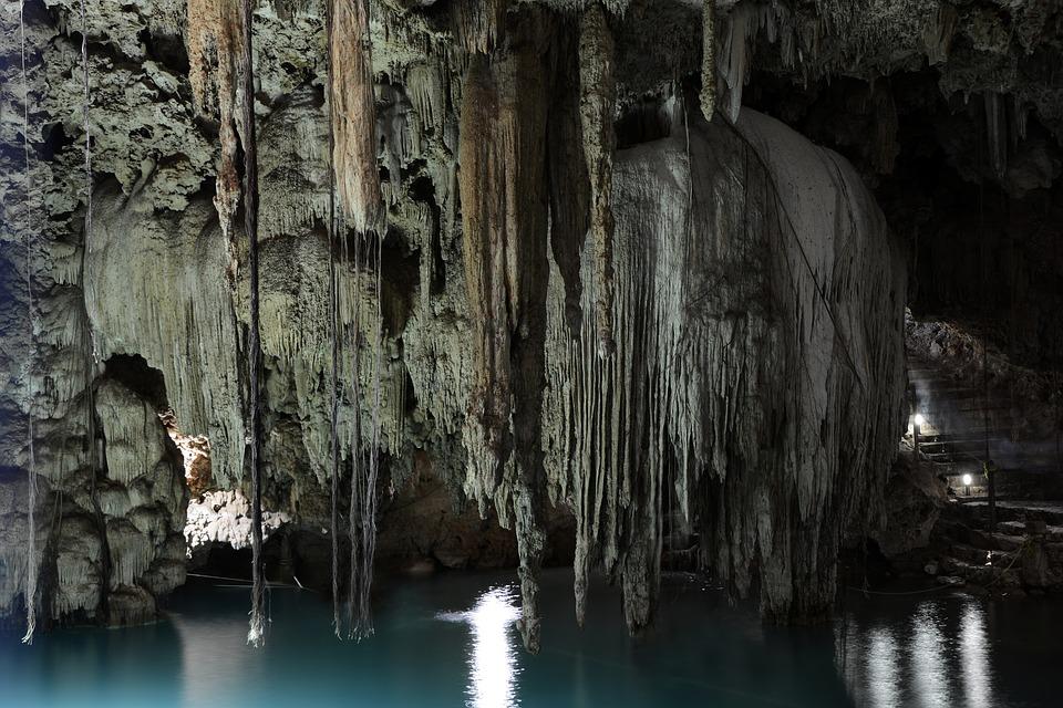 cenote-2299636_960_720